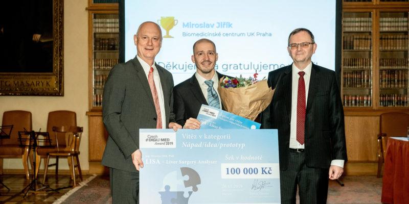 Cenu Czech DIGI@MED Award společnosti Roche vyhrály aplikace CF Hero a LISA, čestné uznání dostala Záchranka